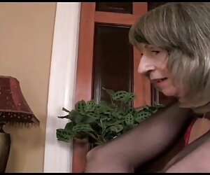 Các chàng trai, là hạng nặng trong cái phòng tắm hơi thư giãn với một tấm sex nhật bản hot nhất gương lớn.